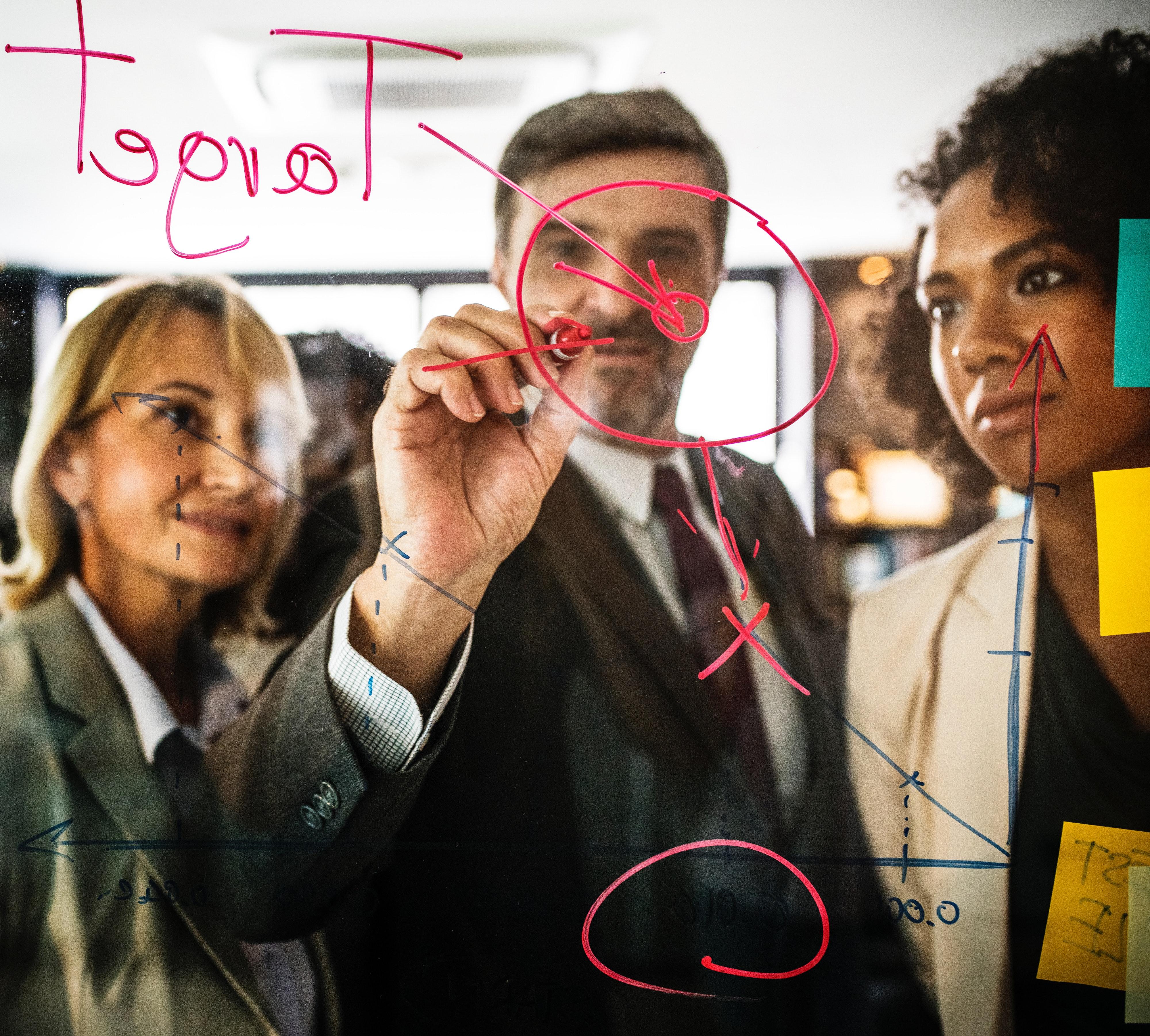 People-analyzing-Target-Audience