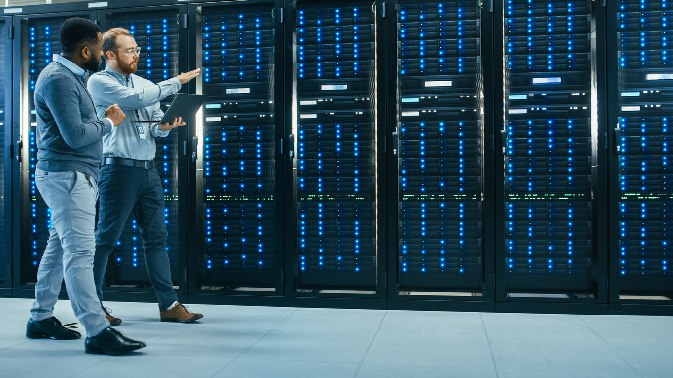 IT-technician-and-engineer-walking-in-data-center