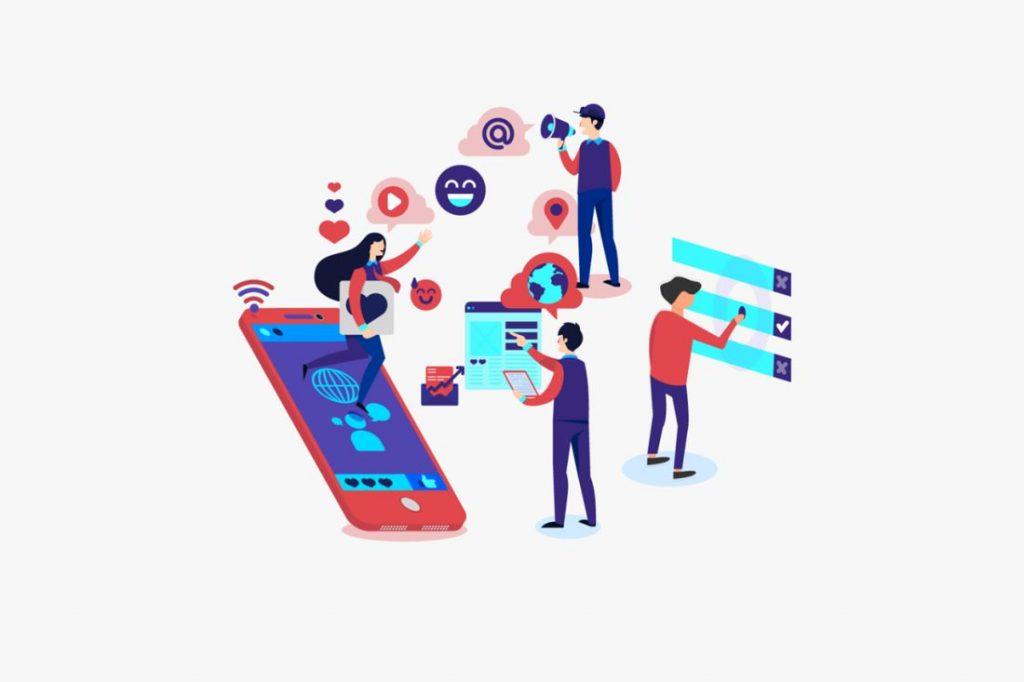 people managing reviews in website platforms